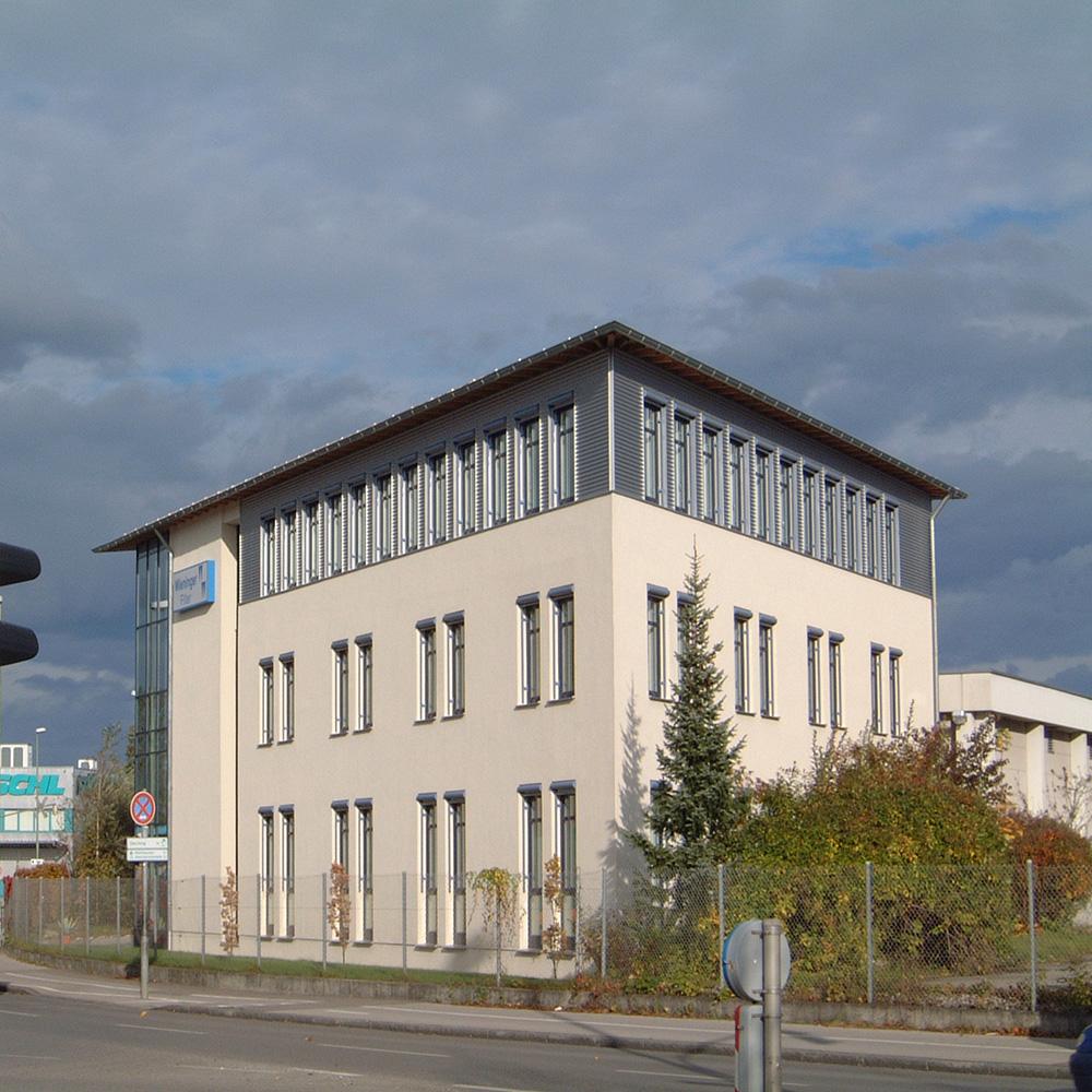 Büro- und Werkstattgebäude
